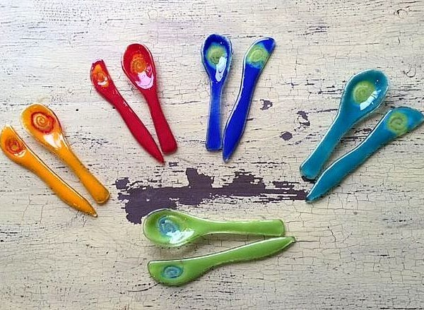 spoons-knives-swirl